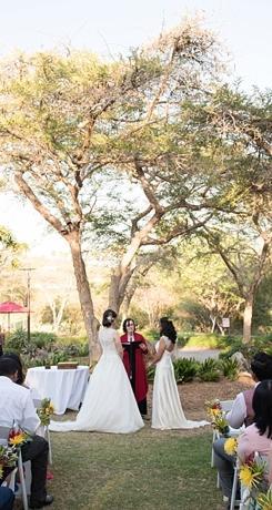 Weddings wild weddings laura christin photography junglespirit Images
